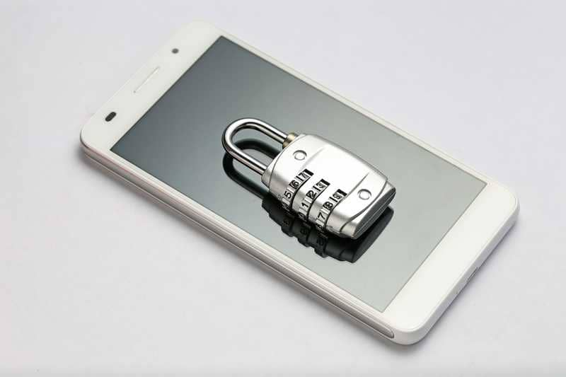how to block a mobile phone