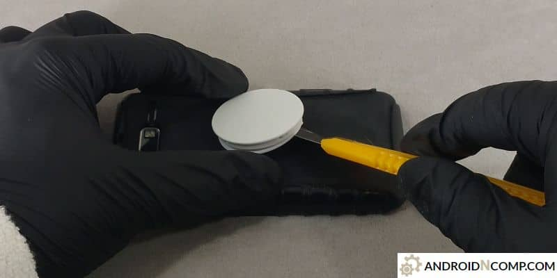 extracting a standard popsocket